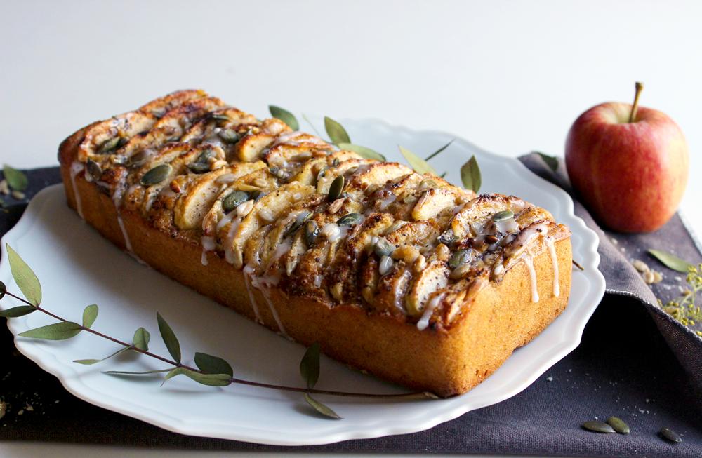 Cake aux pommes, vanille et gingembre