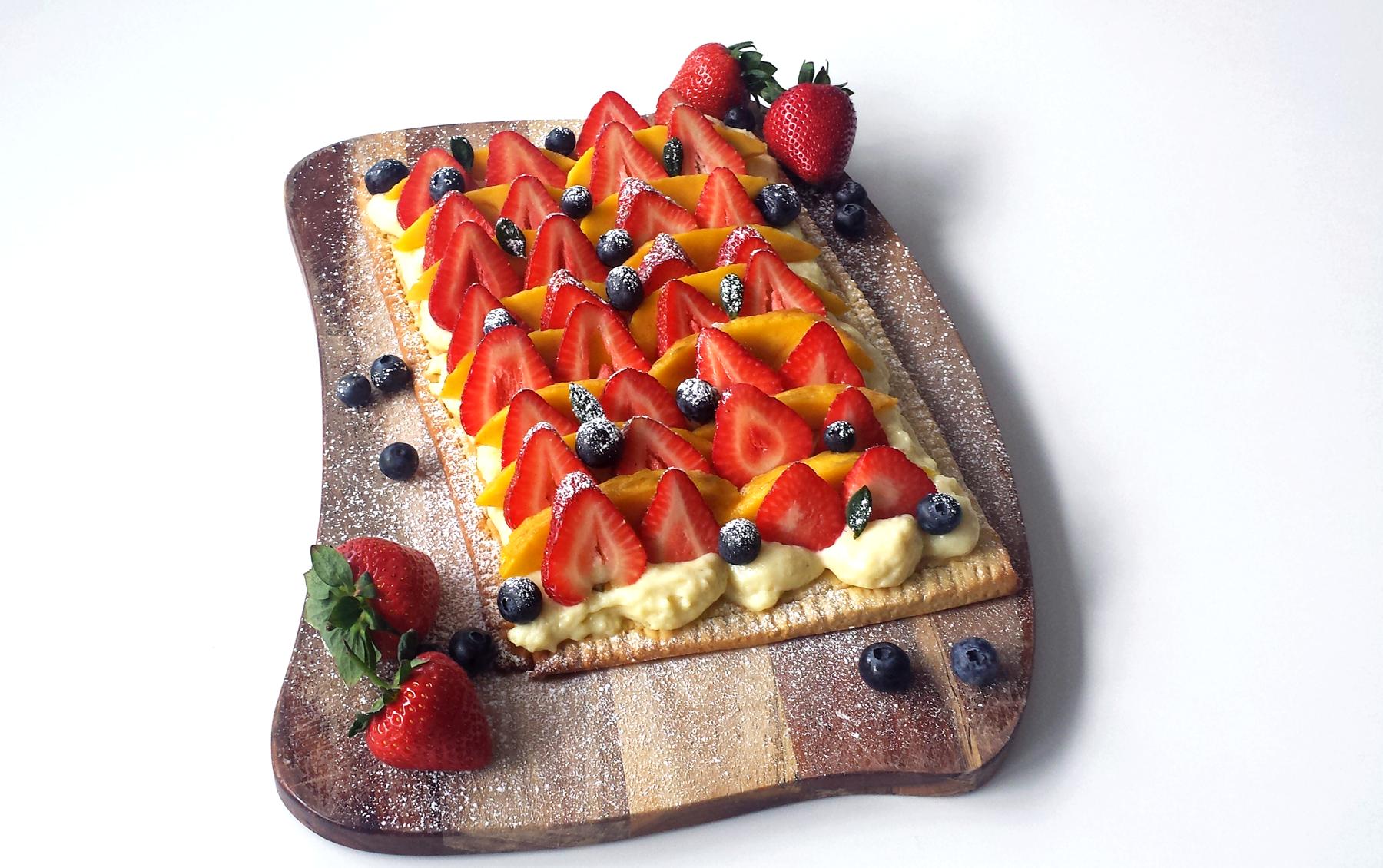 Tarte Végane aux fraises et à la Mangue (ou gelée de mangue)