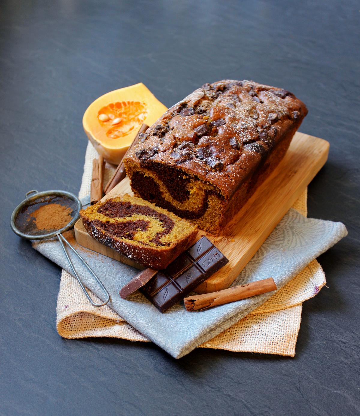 Cake marbré au butternut, cannelle et chocolat