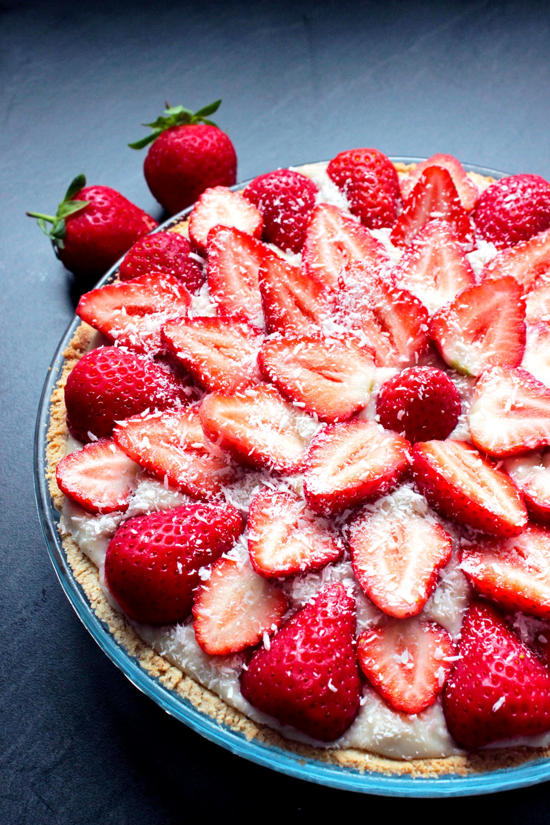 Tarte aux fraises et à la noix de coco (vegan et sans gluten)