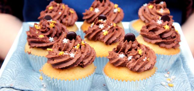 Cupcakes à l'orange et glaçage chocolat noisette