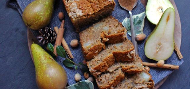 Gâteau aux poires, cannelle et crumble de noisette